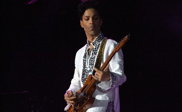 640px-Prince_at_Coachella-630x390